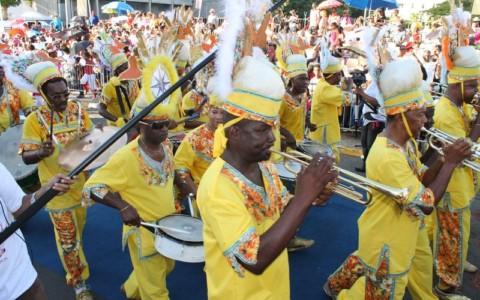 Le Carnaval de la Guadeloupe Fête des couleurs et des cultures