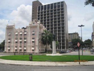 Avenue Vargas