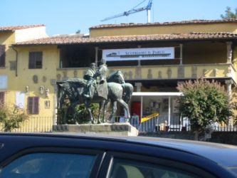 Fiesole (Florence) Statue équestre de la réunion de Teano entre Garibaldi et le roi Vittorio Emanuele II, Plaza Mino