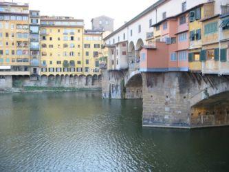 Le Ponte Vecchio sur la rivière Arno