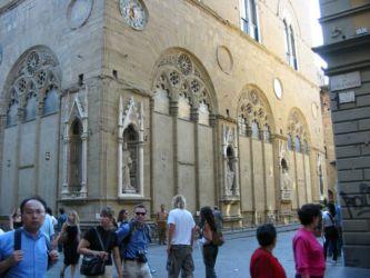 Via dei Calzauoli (menant de la cathédrale Duomo à la Piazza Signoria)