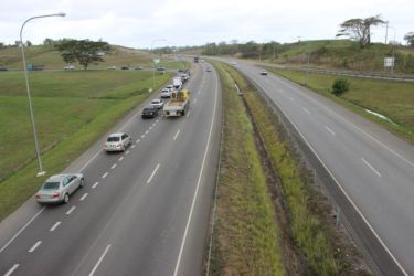 Autoroute entre Port-of-Spain et San Fernando