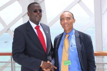 Avec ClaudeHOGAN, Ministre de l'Agriculture, deMontserrat