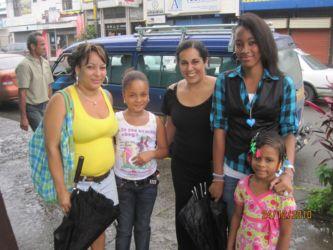 Avec une famille de Puerto Limon