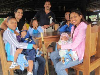 Avec une famille de Tortuguero_1