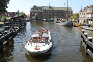 Bateau mouche à Leiden