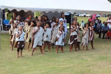 Danse du groupe Sakitaw