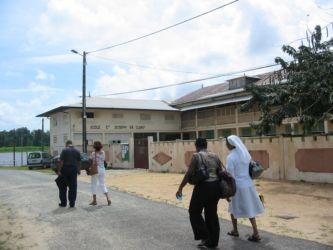 Ecole Saint Joseph de Cluny, Mana