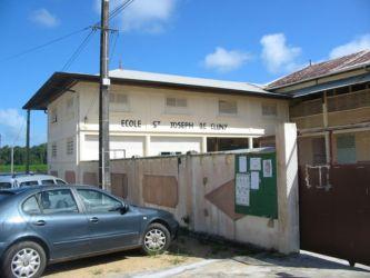 Ecole de St Joseph de Cluny, Mana