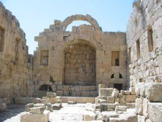 Jérash, l'intérieur du temple d'Artémis