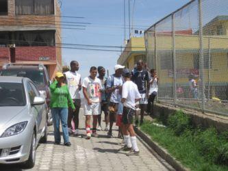 Joueurs de foot à La Bota