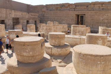 Medinet Habou, salle hypostyle