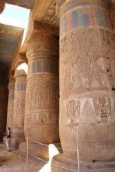 Medinet, colonnes de la 2è cour
