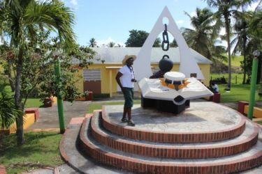 Monument à l'esclavage (J. Pezeron)