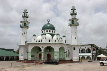 Mosquée Jinnah, Saint Joseph