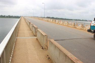 Pont sur la Volta