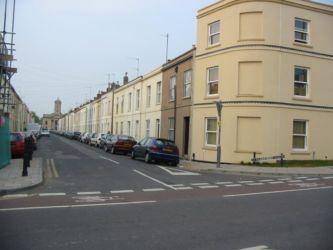 Rue de Cheltenham