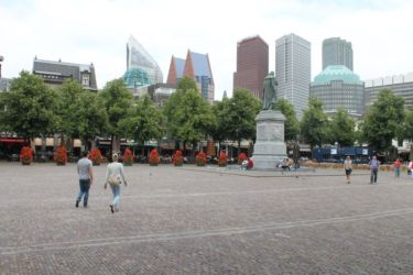 Statue de William d'Orange, Place centrale de La Haye