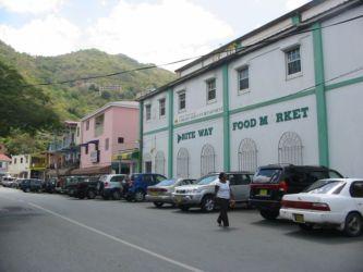 Une rue de Road Town, Tortola