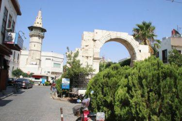 Ancienne porte romaine, au bout de la Rue Droite (Damas)
