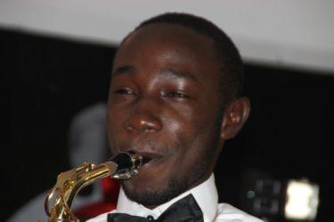 Jean-Dimitri Guiangoe (saxophone)